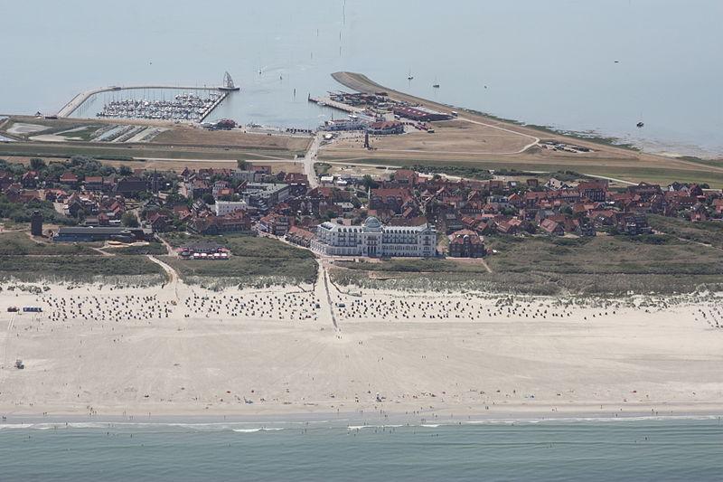 Die Insel Juist aus der Luft (Foto: Bin im Garten / Wikipedia, cc-by-sa 3.0)