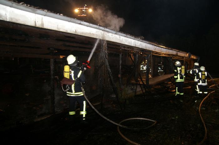 Die Freiwillige Feierwehr musste zu einem Großbrand nach Ostermarsch ausrücken. (Foto: T. Weege)