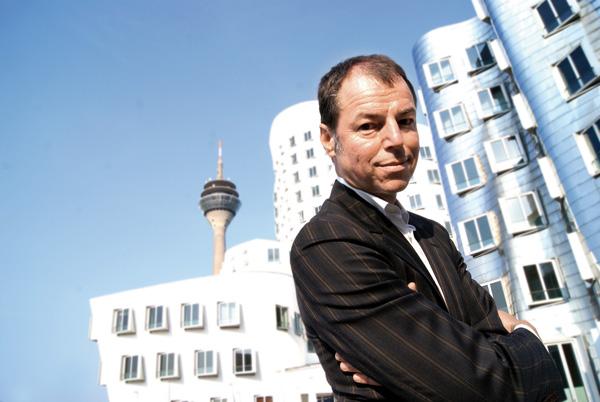 Auch der Autor Horst Eckert ist bei den 8. Ostfriesischer Krimitagen mit von der mörderischen Partie.