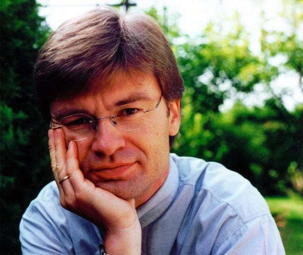 Mit von der Partie bei den Ostfriesischen Krimitagen ist auch Krimiautor Reiner Sowa aus Bergisch Gladbach. (Foto: Stadtbibliothek Norden)
