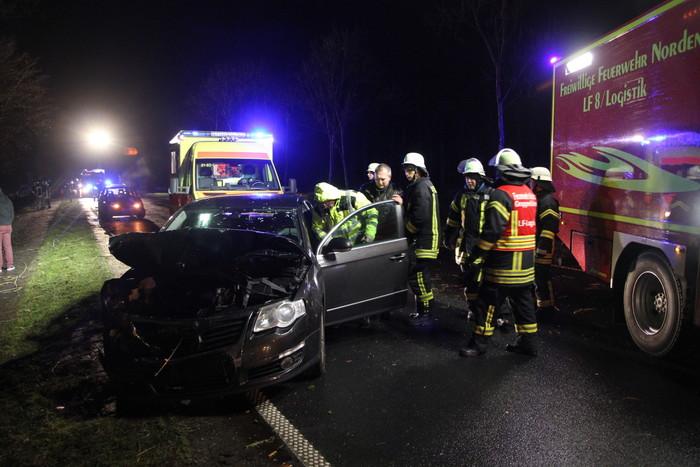 Unfall auf der Bundesstraße in Nadörst (Foto: Thomas Weege)