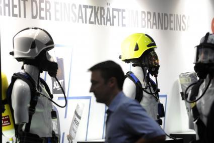 INTERSCHUTZ 2015 - Der Rote Hahn: Die internationale Leitmesse für Brand- und Katstrophenschutz, Rettung und Sicherheit wird vom 8. bis 13. Juni auf dem Messegelände in Hannover ausgerichtet. (Foto: ots)