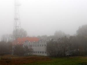 Die ehemalige Küstenfunkstelle Norddeich Radio in Utlandshörn ist jetzt eine Notunterkunft für etwa 180 Geflüchtete aus Kriegsgebieten. (Foto: gf / cc-by-sa)