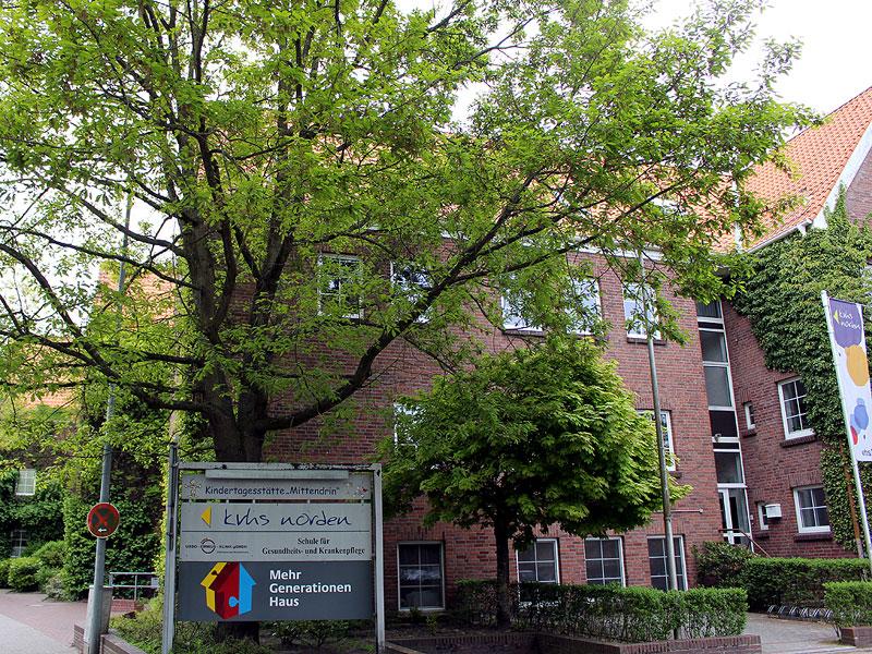 Hauptgebäude der Kreisvolkshochschule Norden. (Foto: gf / cc-by-sa)