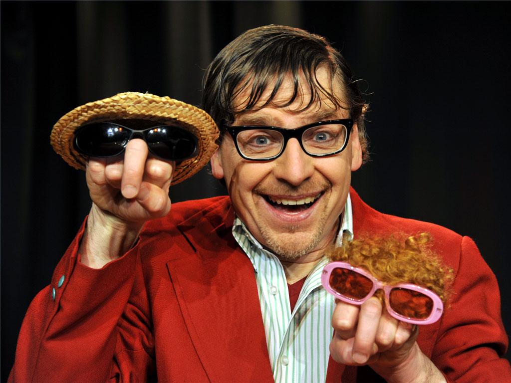 "Kabarettist Günter Fortmeier zeigt im Bürgerhaus Norden am 15. April ""Hands-Up-Comedy"" und ""Fingerfood fürs Zwerchfell"". (Foto: Bürgerstiftung Norden)"